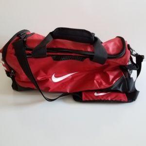 NIKE Large Sport Travel Outdoor Duffle Bag